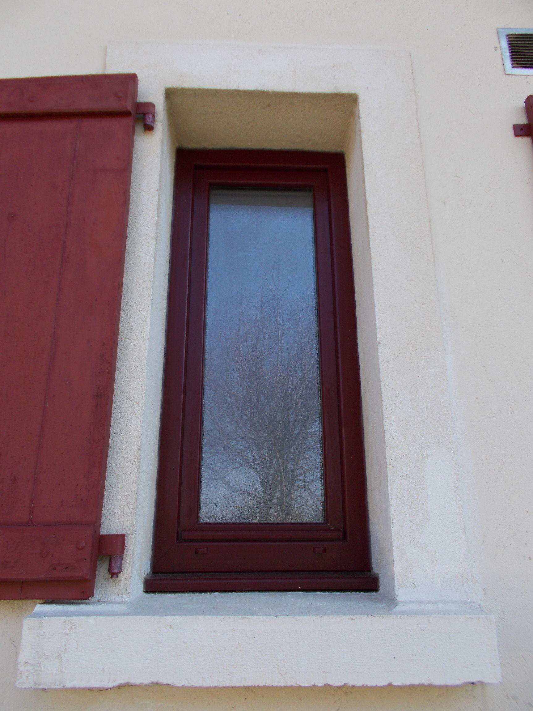 Rénovation Fenêtre PVC coloris Rouge vin